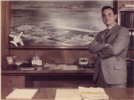 McCloud y una vista de la planta IKA (Santa Isabel, Córdoba)